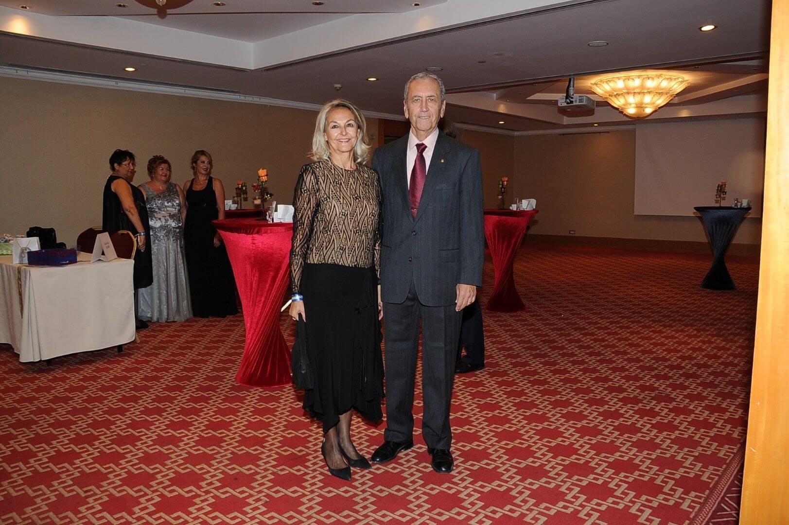 Nükhet-Mazhar İzmiroğlu (1)